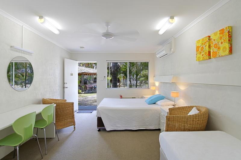 brunswick-chalet-motel
